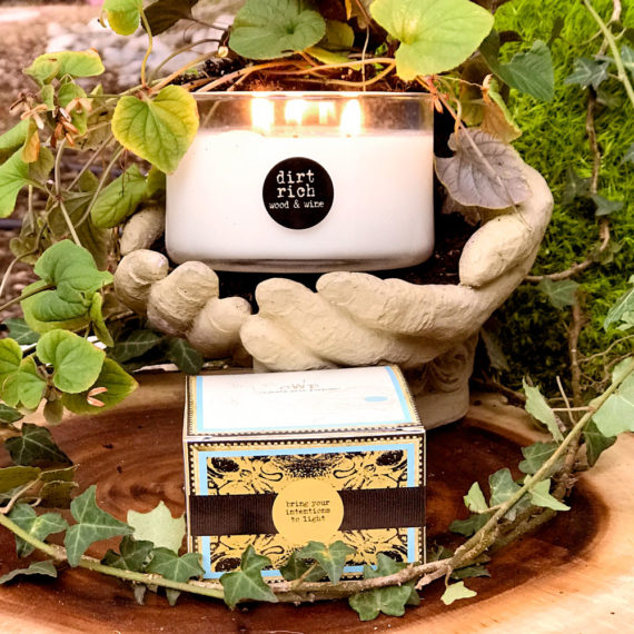 Wood & Vine Organic Coconut Butter Scented Candle
